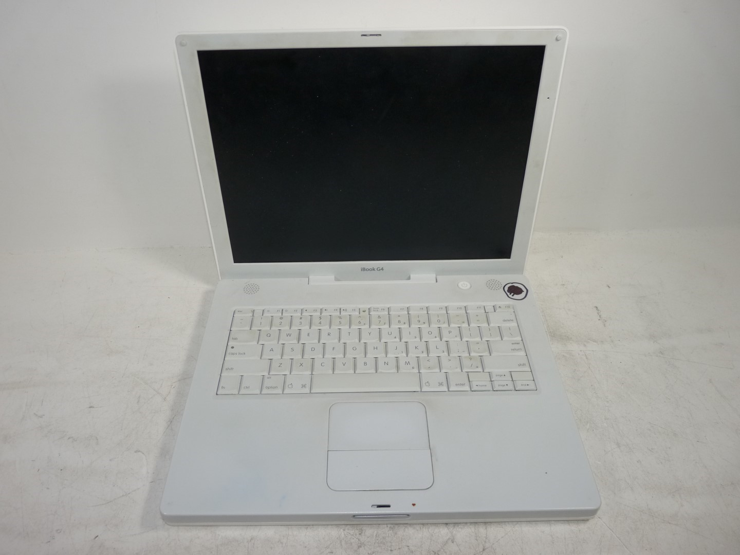 apple a1134 ibook g4 powerpc 512mb 30gb hd wiped hard drive no os post ebay. Black Bedroom Furniture Sets. Home Design Ideas