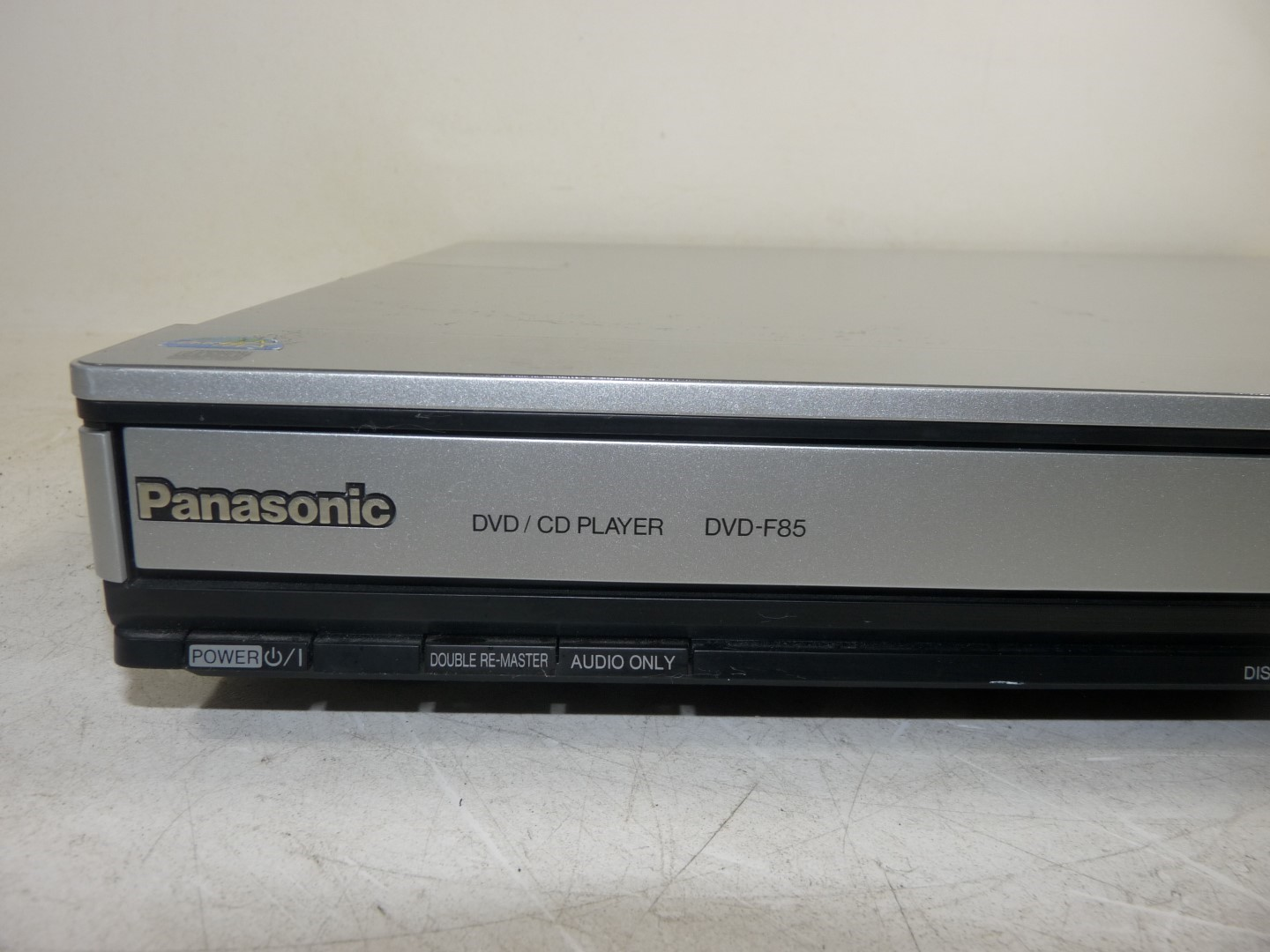 panasonic dvd f85 5 disc dvd cd changer player w. Black Bedroom Furniture Sets. Home Design Ideas